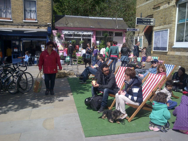 Herne Hill – Open for business – Come and enjoy the SundayMarket.