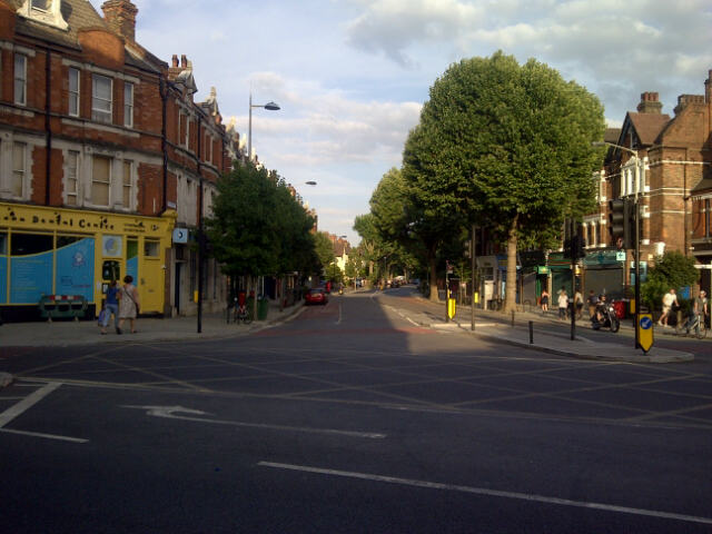 Victory for Herne Hill Baker – Traffic Wardens banned from issuing tickets outside Half Moon Lane shops